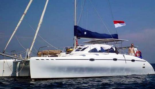 Charter 38' Sakura Lc L Cruising Catamaran In Kuta Selatan, Indonesia