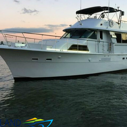 58 39 Hatteras Motor Yacht Charter In Manhattan Getmyboat