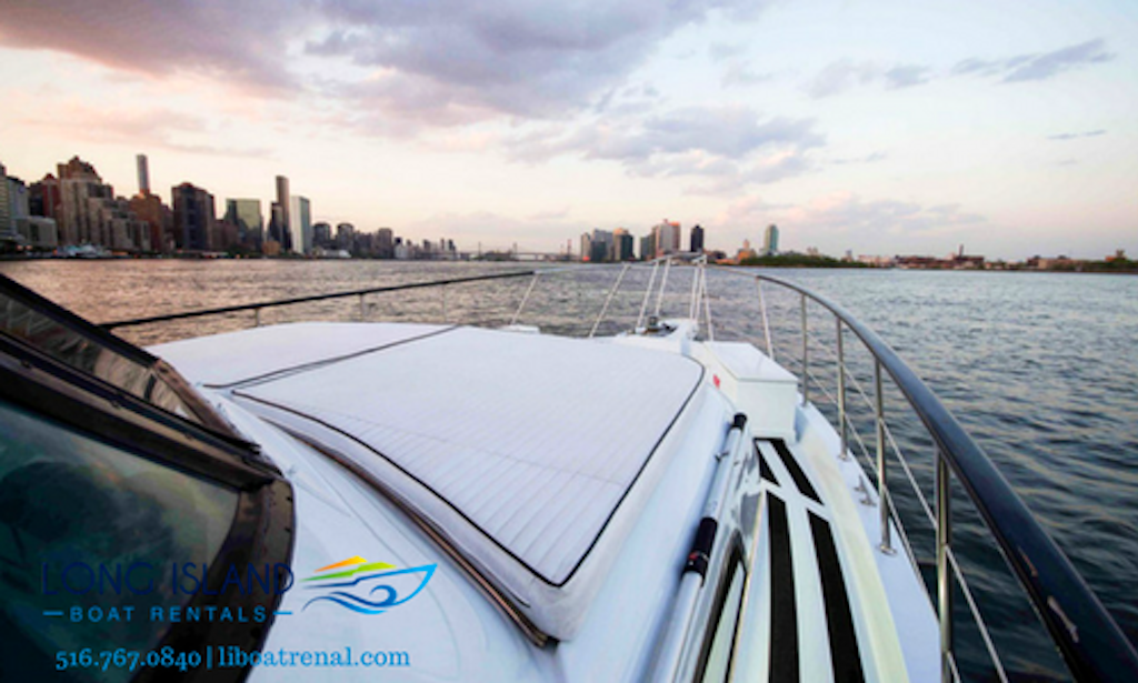 58 39 Hatteras Motor Yacht Charter In Manhattan Getmyboat