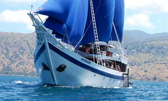 Charter 118' Phinisy Op V Sailing Mega Yacht In Kuta Selatan, Indonesia
