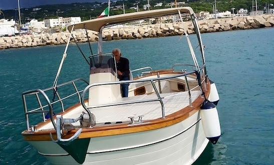 Charter Cu Beccio 25 Motor Yacht In Santa Maria Di Leuca, Puglia