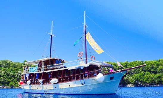 Charter A Sailing Yacht In Omis, Croatia