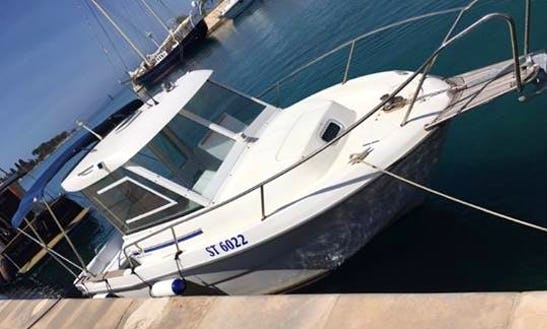 Antares 630...199€ Per Day