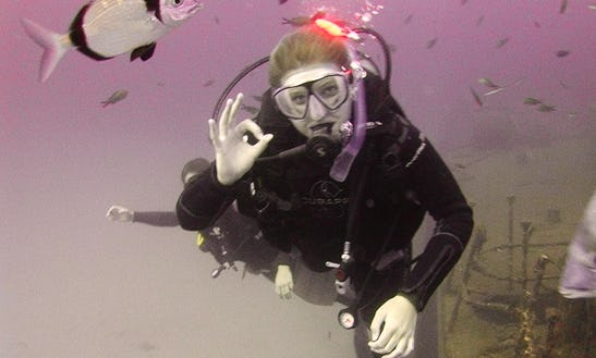 Padi Courses For Beginner To Professional Level In San Pawl Il-baħar, Malta