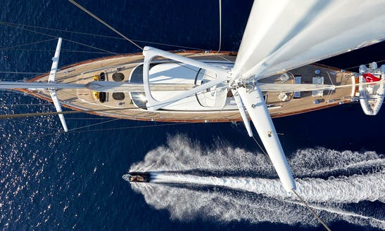 36 Meter Sailing Yacht Glorious