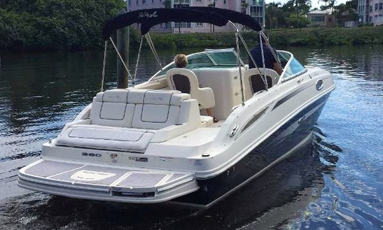 26' Sea Ray Sundeck Bowrider Rental In Aventura, Florida