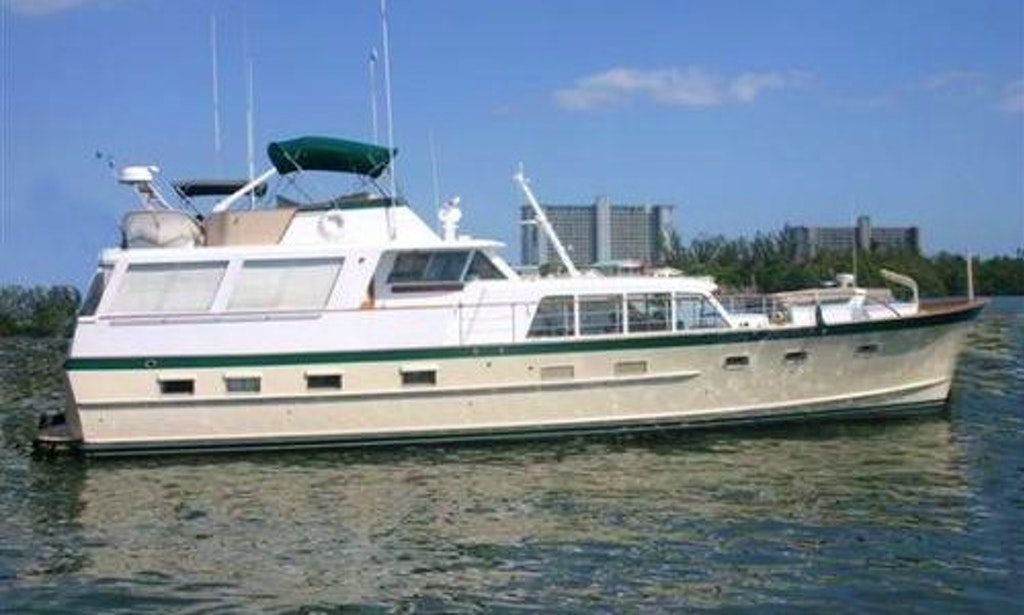 64 39 Classic Berger Motor Yacht Boston Up To 45 Guests