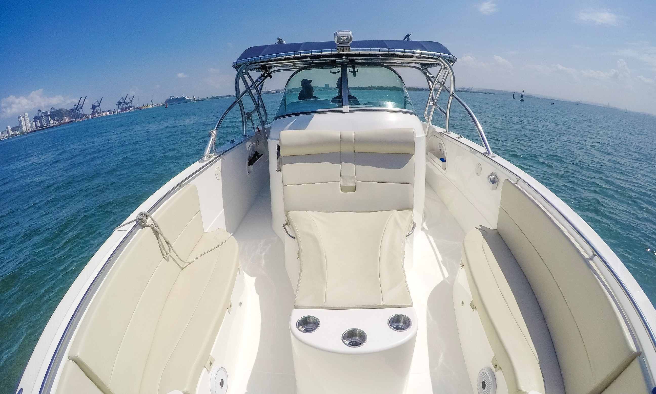 Speed Yacht Tuna 38ft Island Hopping In Style Getmyboat