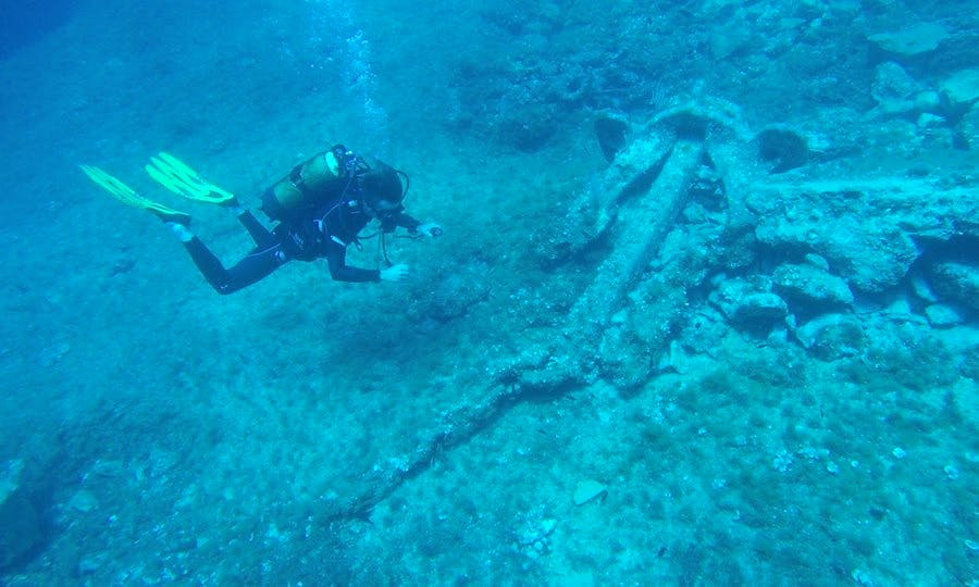 Enjoy Diving Courses in Marseille, France