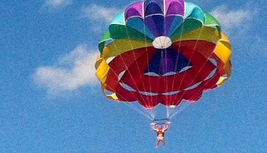 Red Sea Governorate's Fantastic Parasailing Rides
