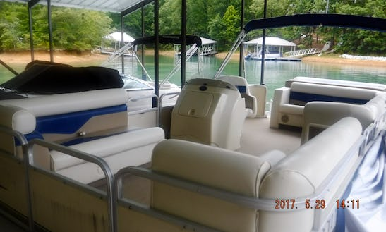 Tuscany Sweetwater Pontoon For Rent On Lake Keowee