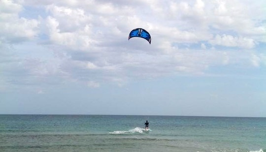 Enjoy Kiteboarding Lessons In Genova, Liguria