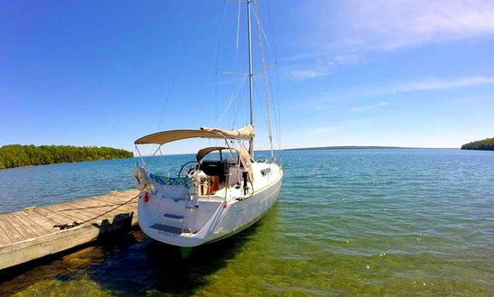 Private Sailing Trips With Captain Gregg On Apostle Islands
