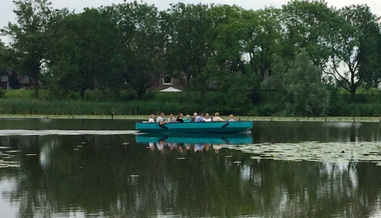 Sightseeing Trips On 16 People Canal Boat In Leerdam, Netherlands
