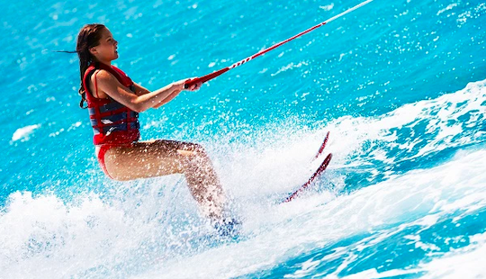 Enjoy Water Skiing In La Seyne-sur-mer, France