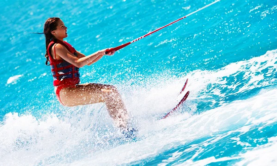 Enjoy Water Skiing In La Seyne-sur-mer, France