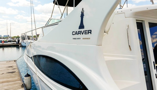 38ft Carver Mariner Motor Yacht Rental In Chicago, Illinois