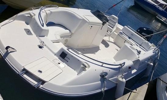 Rent A Deck Boat In Biscarrosse, France