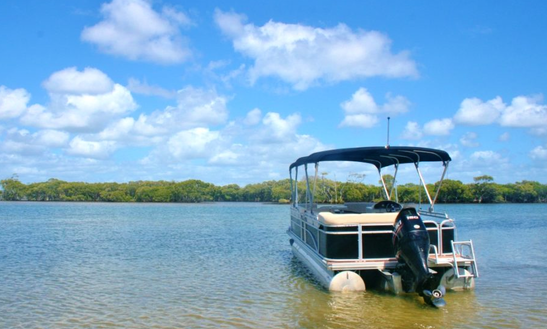 Hire 25' Tropical Performance Pontoon In Hollywell, Australia