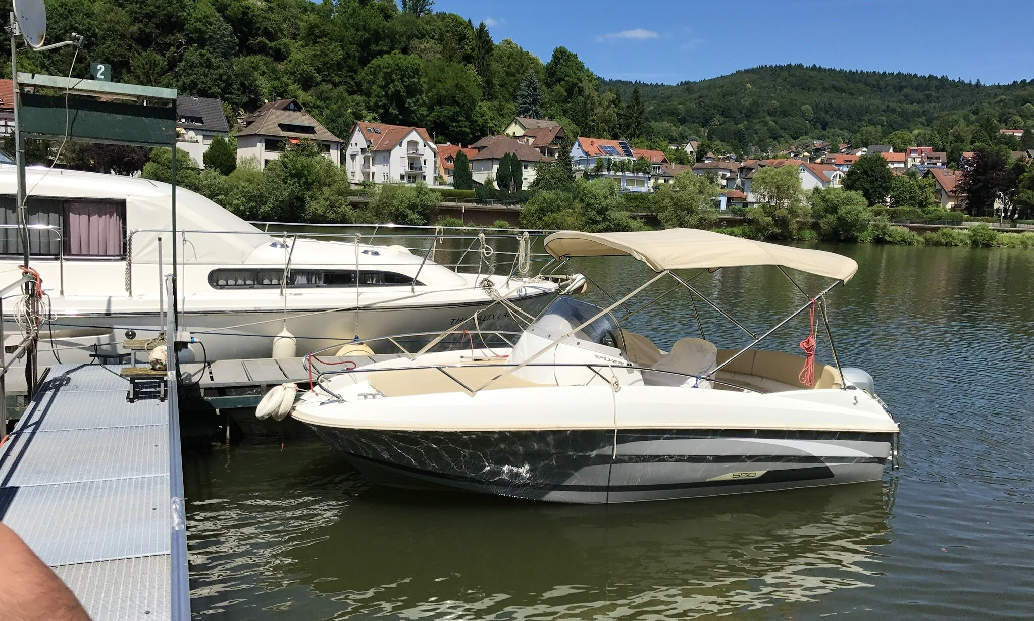 Center Console boat for rent in Heidelberg