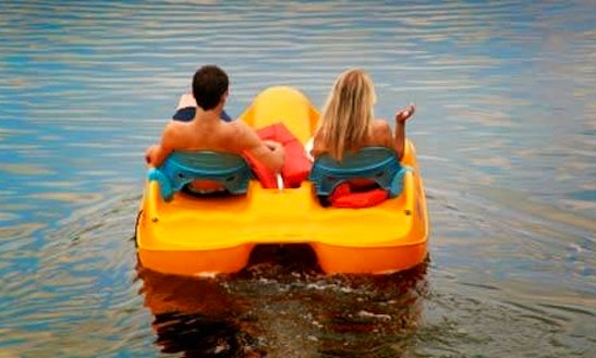 Rent A Paddle Boat In Sedan Grand Est, France