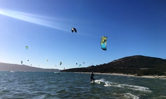 Enjoy Kiteboarding Lessons & Rentals Overveen, Noord-holland