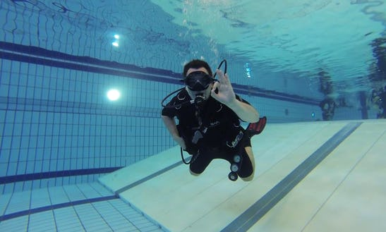 Enjoy Diving Courses In Amsterdam-zuidoost, Netherlands