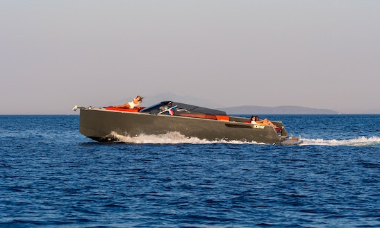 Axiom - Luxury Tours - Hvar - Speed Boat