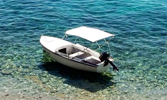 Rent 16' Pasara Dinghy In Hvar, Croatia