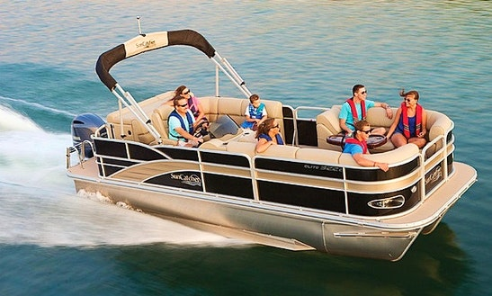Rent The 20' Luxury Sun Catcher Pontoon In West Vancouver, Canada