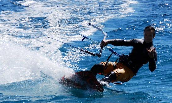 Kiteboarding Lesson In Reggio Calabria, Italy