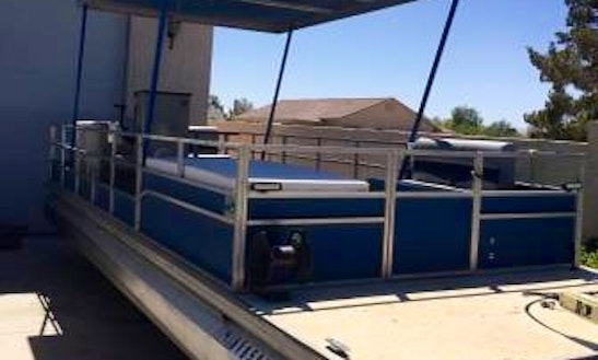 Pontoon Rental In Perris, California