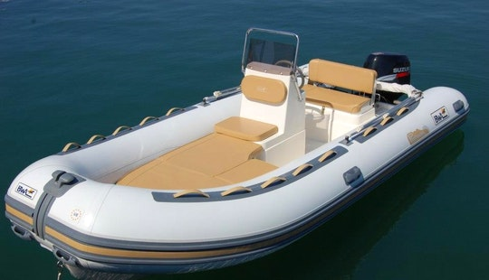 Rent 17' Bwa Rigid Inflatable Boat In Carrara, Italy
