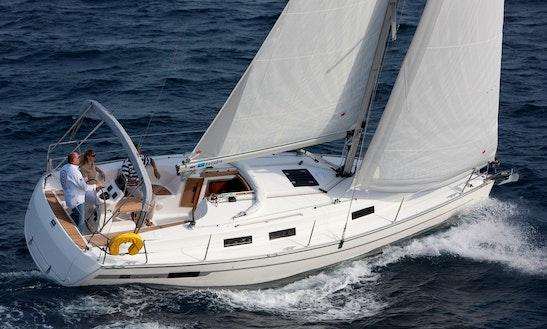 Charter 32' Bavaria Cruiser Cruising Monohull In Lemmer, Netherlands