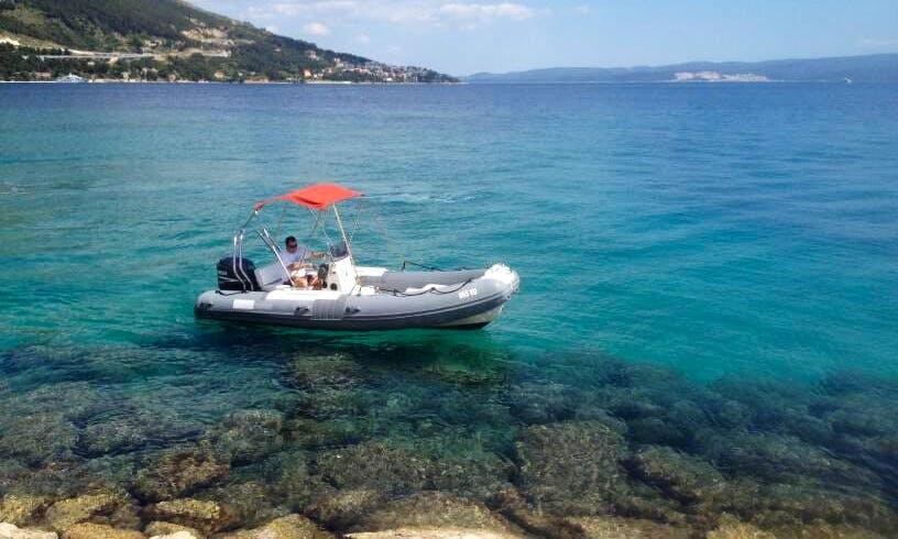 Rent 18' BWA California Rigid Inflatable Boat in Omiš, Croatia