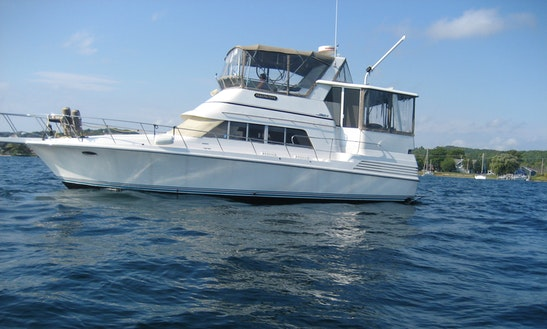 Motor Yacht Rental In Traverse City