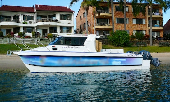Hire 30' Noosa Cat 3100 Sports Cruiser On The Gold Coast, Australia
