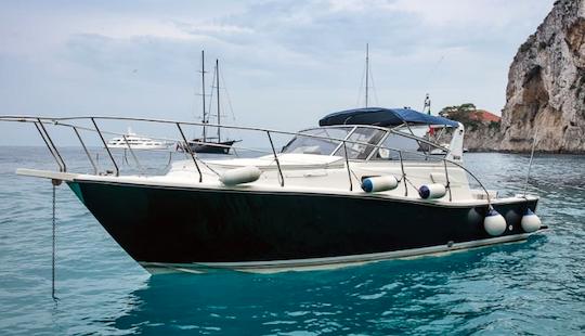 Charter Le Arcate Motor Yacht In Anacapri, Campania, Italy