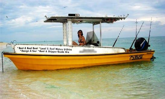 21' Center Console Boat Hire In Holloways Beach, Australia