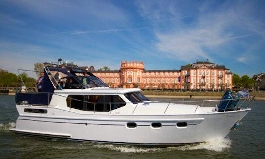 Charter 38' Noblesse Motor Yacht Rental In Wiesbaden, Hessen