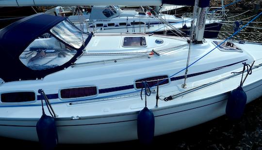 Charter Pearl Bavaria Cruising Monohull In Workum, Netherlands