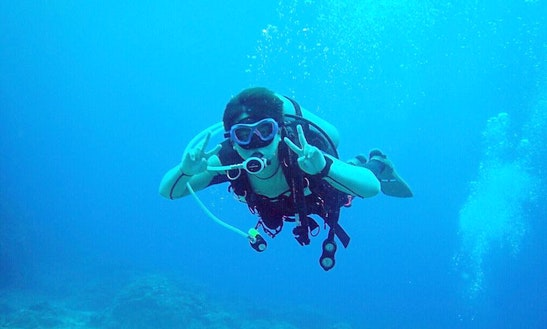 Enjoy Diving Courses In Datong District, Taiwan
