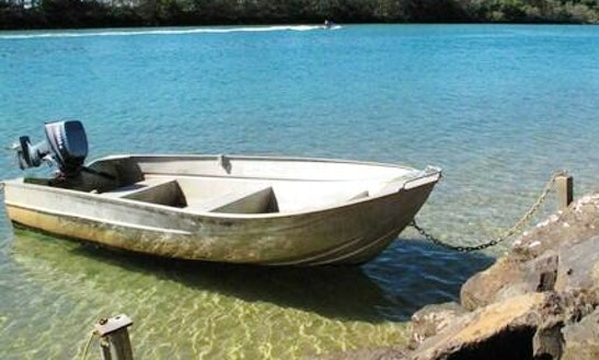 Rent A 5 Person Powerboat In Brunswick Heads, Australia