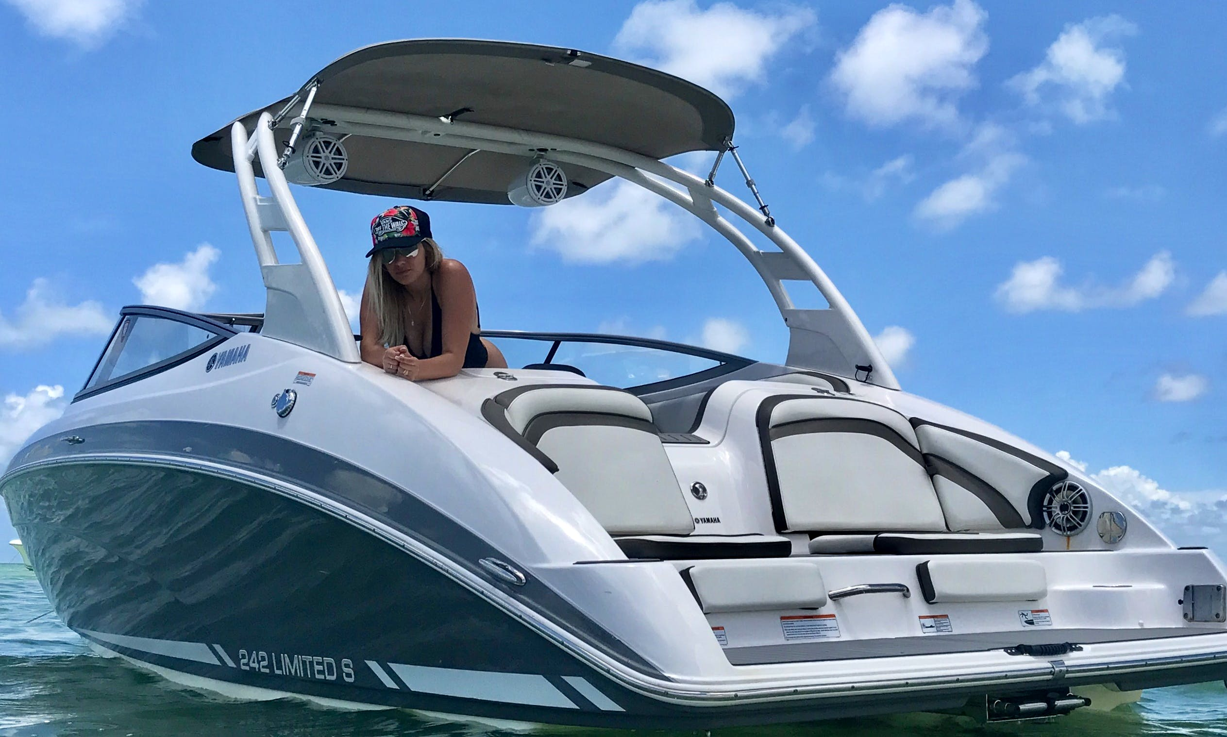 Brand New 24ft Boat with or without Captain