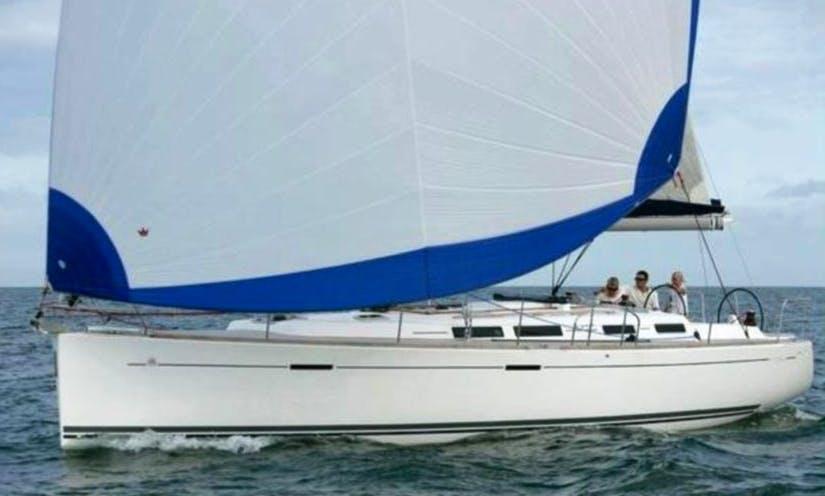 Charter 33' Dufour Cruising Monohull in Marsala, Sicilia
