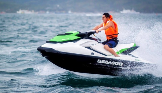 15 Minutes Rides On Jet Skis - 1 Person