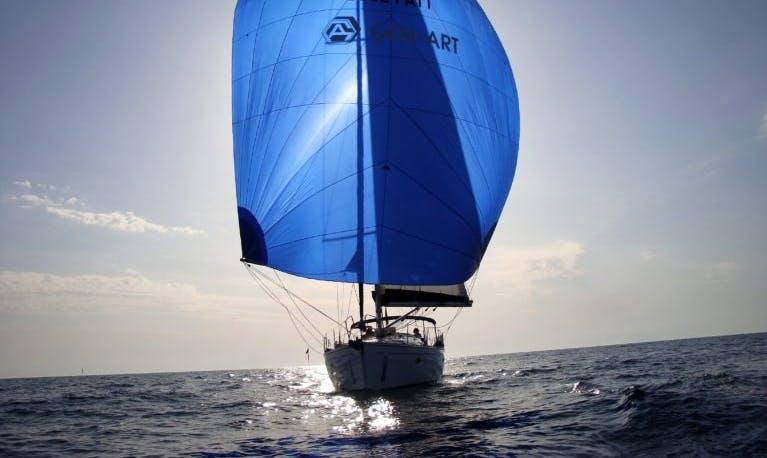 Charter 46' Bavaria Cruiser Cruising Monohull in Roma, Italy