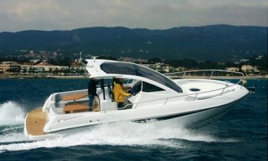 Charter Salpa 30 Motor Yacht In Luri, France