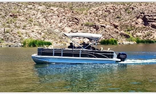 Beautiful 22ft Bennington Sfx Series Pontoon Boat Rental In Canyon Lake, Arizona