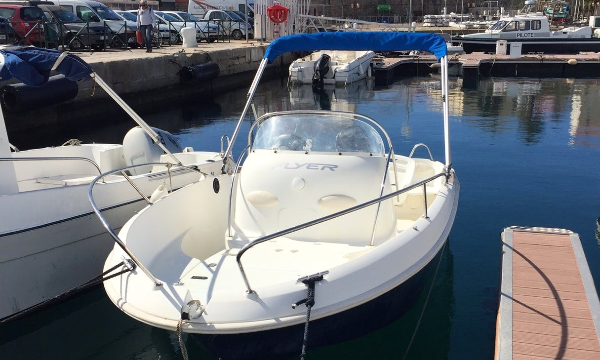 Rent 17' Flyer Open Center Console in Ajaccio, France